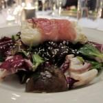 Warmer Salat mit gebratenem Feta