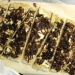 Ricotta-Pizza mit Ziebel-Confit