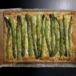 In Reih & Glied: Grüne Spargel Tarte