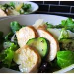 Der Sommer lässt grüßen: Zucchini-Hühnchen-Salat