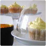 Süßes Ende: Mango-Cupcakes auf Karottenkuchen