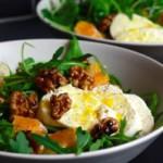 Fruchtiges Farbspiel: Rucola-Clementinen-Salat mit Mozzarella