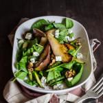 Spinatsalat mit warmen Birnen