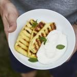 Gegrillte Ananas mit Topfencreme