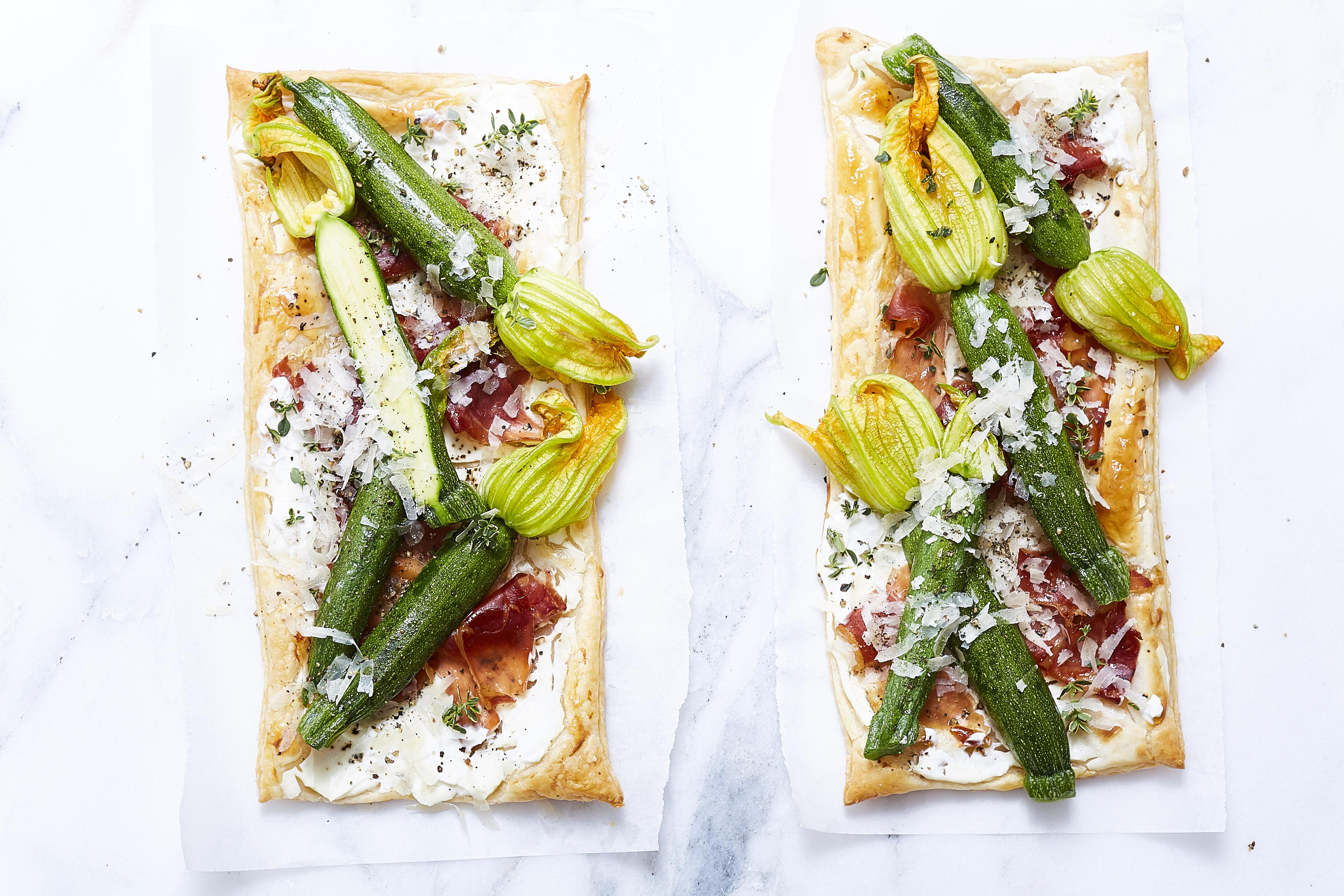 Zucchiniblüten_ja! natürlich_blätterteig pizza_ 3