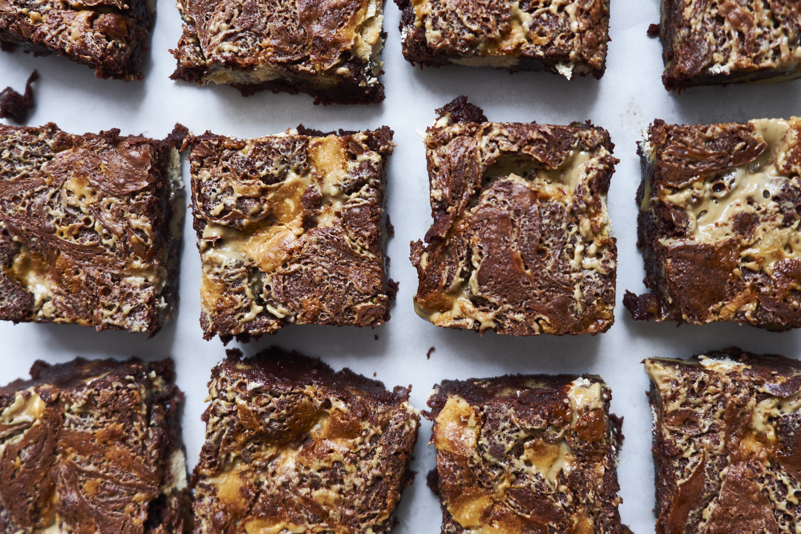 Brownies mit Tahin und Halva