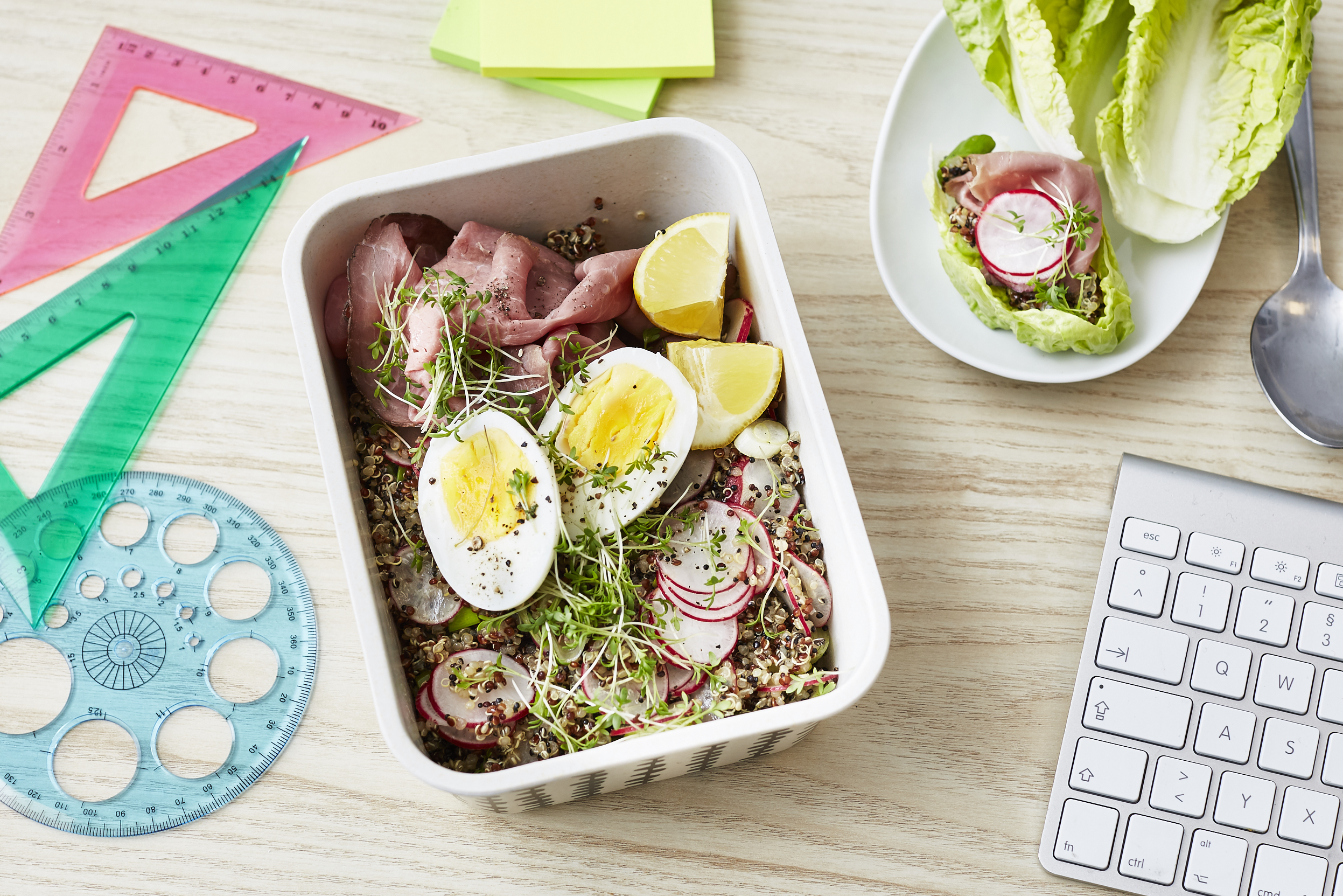 Lunch al desko: Quinoa-Cups mit Roastbeef