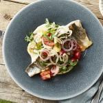 Gegrillte Saiblingsfilets mit Tomaten-Fenchel-Salat und Aioli