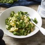 Brokkoli-Grünkohl-Pasta mit Mandeln