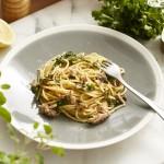 Zitronige Sardinen-Spaghetti