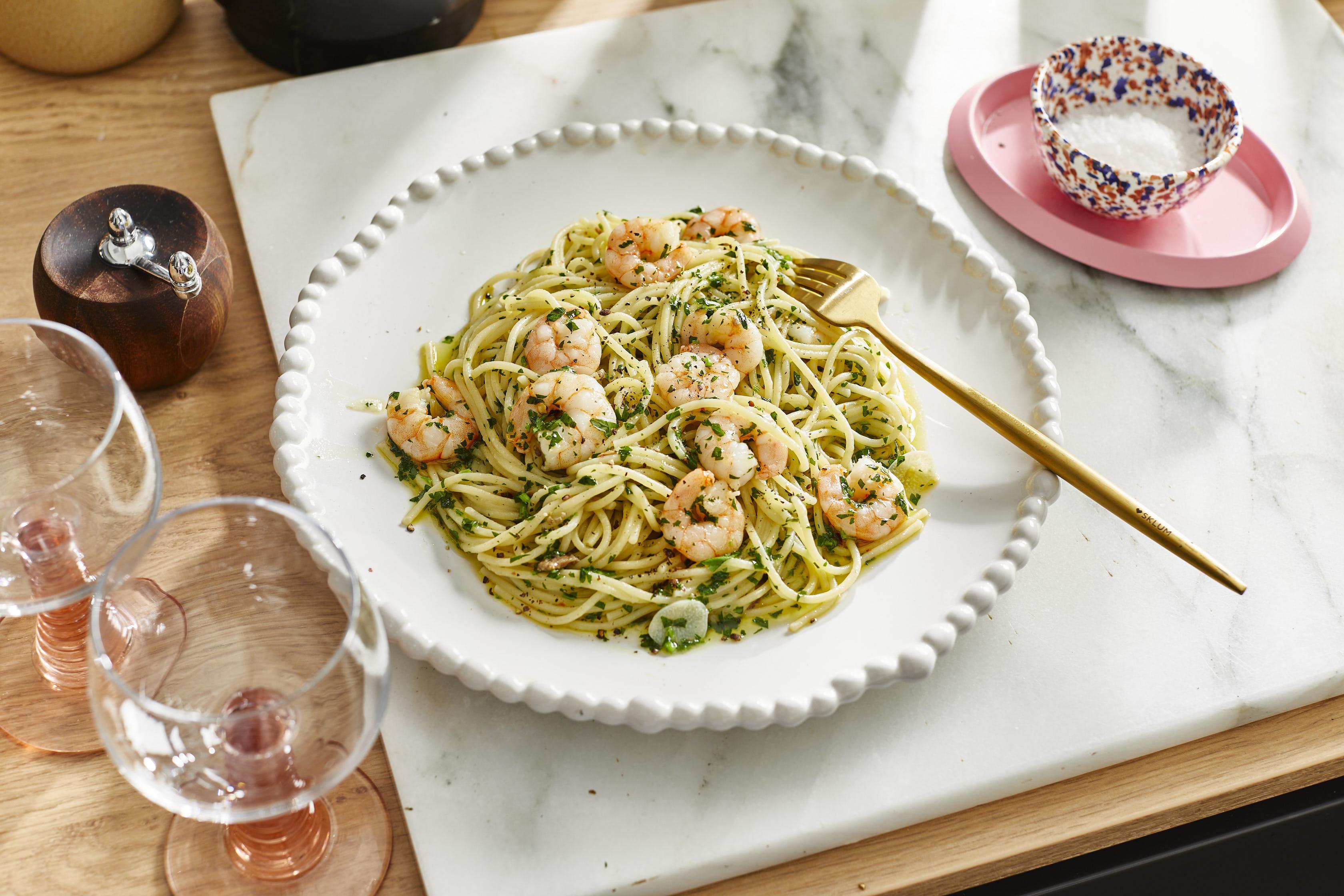 Spaghetti aglio e olio mit Garnelen
