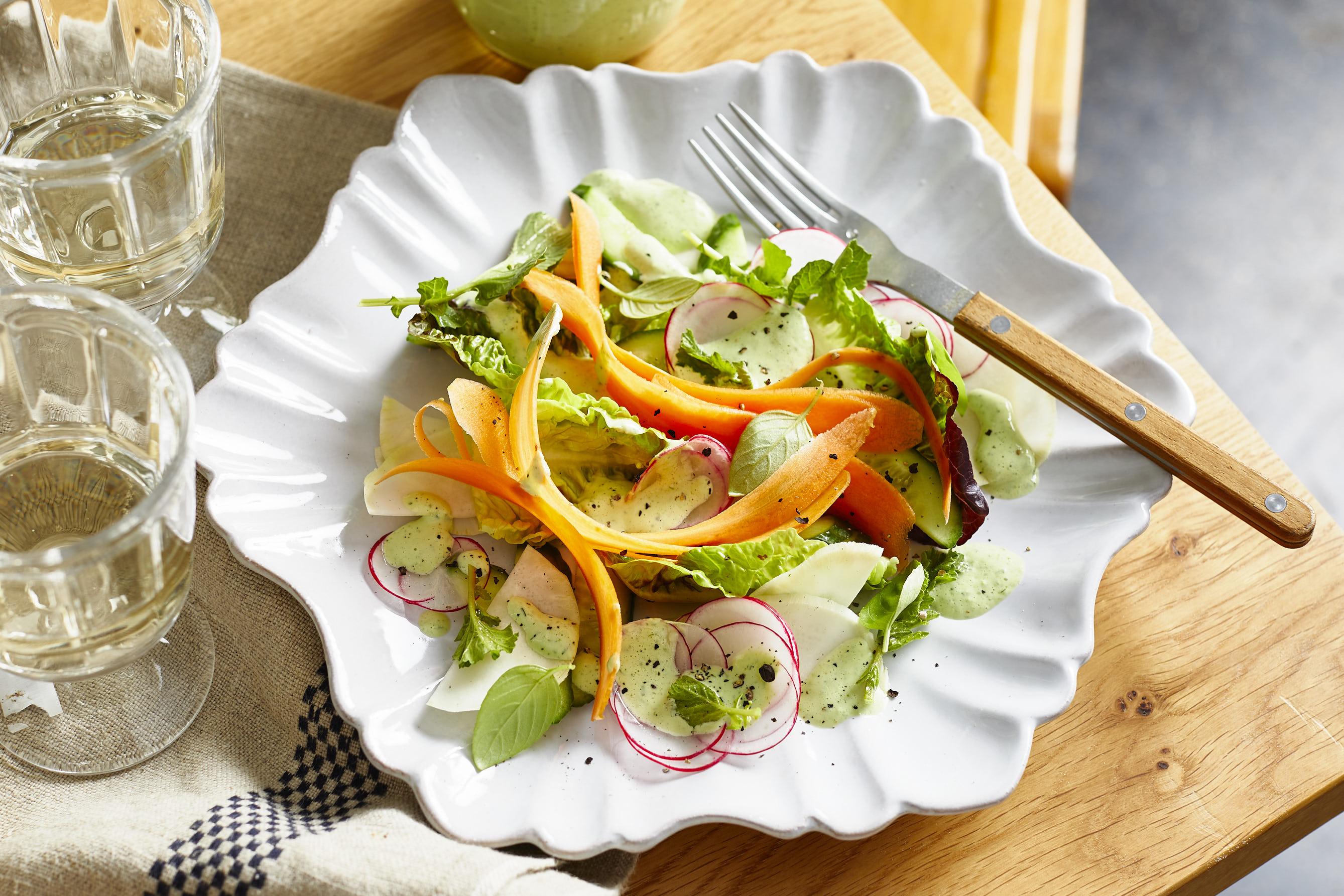 Der Salat-Allrounder: Green Goddess Dressing